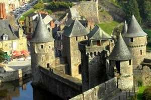 chateau-de-fougeres_vignette
